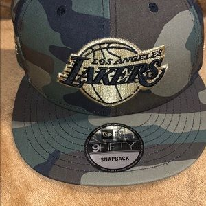 (RARE!) LOS ANGELES LAKERS WESTERN CONFERENCE HAT